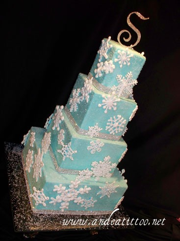 Blue Snowflake Cake, 12/31/10, Served 130